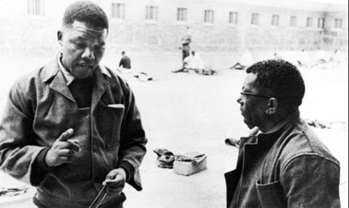 Mandelajovenenlacarcel-500-A